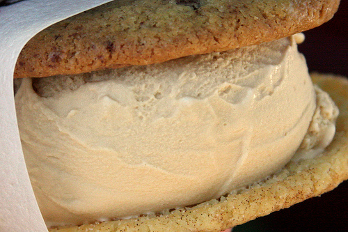 ice cream sandwich pic Muy Yum